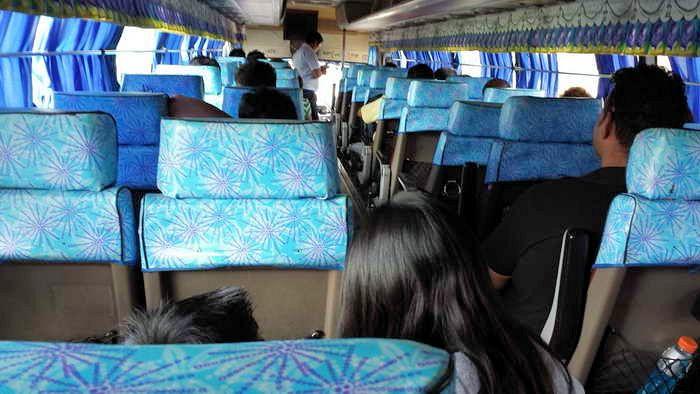 bus van pampanga nach manila