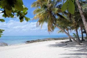 siargao_island_hopping_guyam_beach