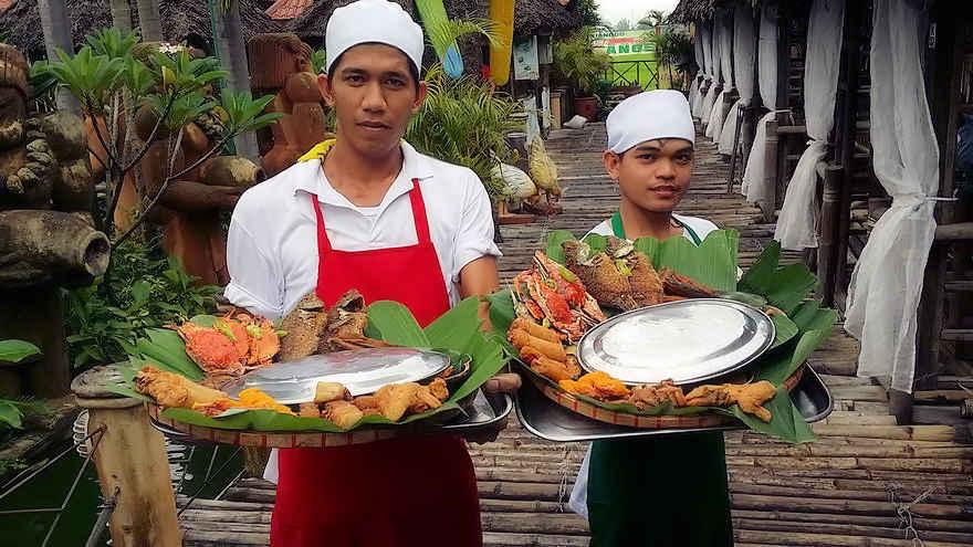 service-persnal-isdaan-restaurant