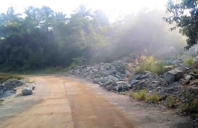 mystic-fogy-mountainsstreet