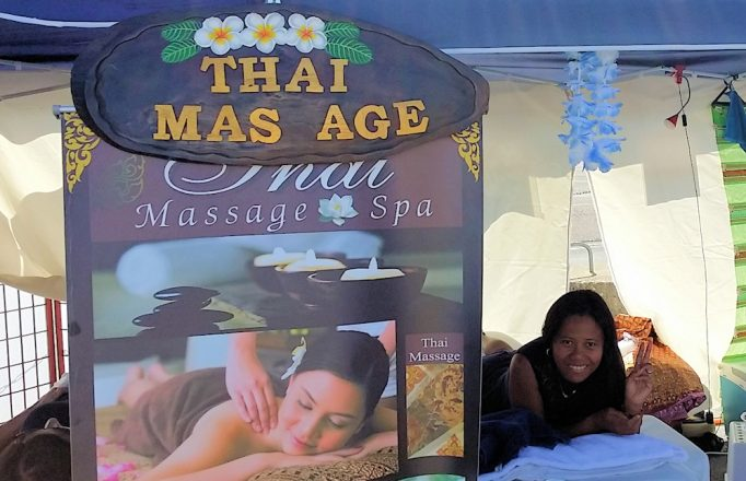 thai-massage-tent