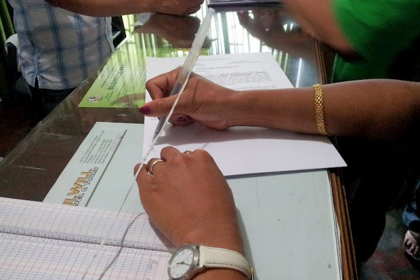 papers-signing