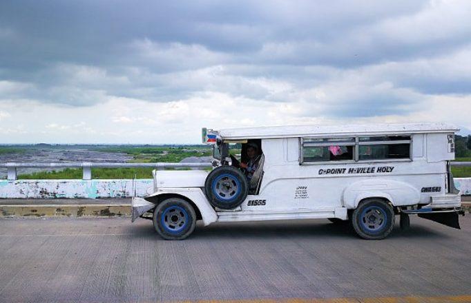 jeepney-on-bridge