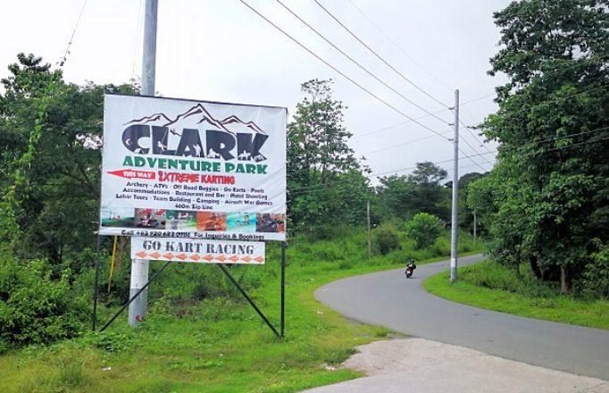 signboard-to-clark-adventure-parc