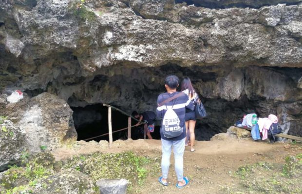 entereing-the-cave